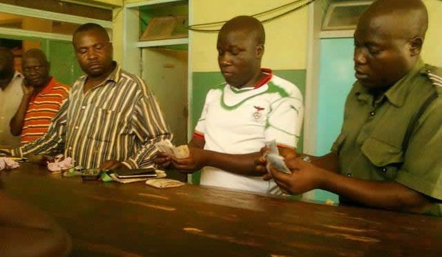 Zambia: Police apprehend man from known party buying votes in Kapiri Mposhi