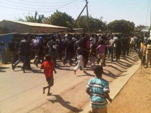 UNZA Students Protesting in  Kalingalinga wearing Black attire