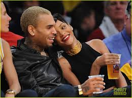 USA: Chris Brown confirms Rihanna break up