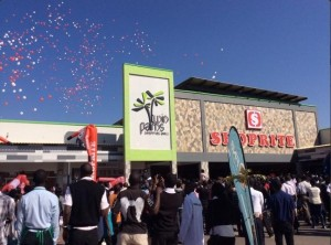 Zambia: Police officer who gunned down criminals at Twin Palm Mall promoted